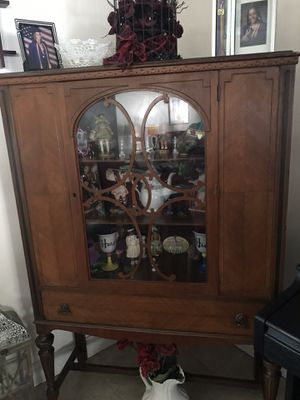 Antique China Cabinet for Sale in Plantation, FL