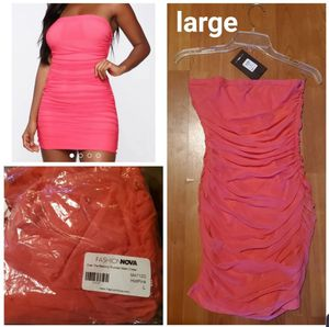 New fashion nova dress size large for Sale in Antioch, CA