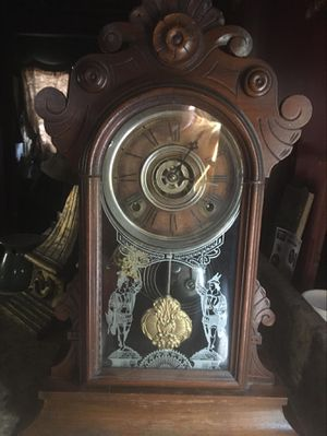 Antique mantle clock for Sale in Wichita, KS