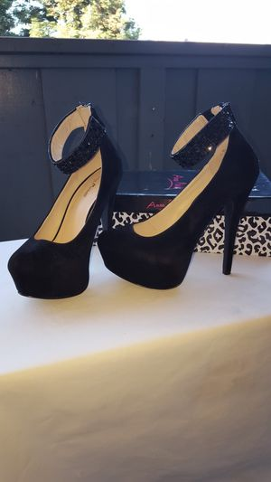 Heels shoes size 7.5 for Sale in Fremont, CA