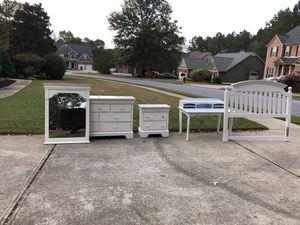 Bedroom Set and Desk for Sale in Acworth, GA