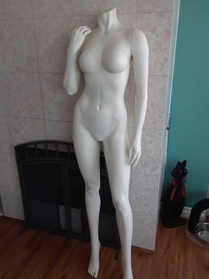 Mannequin with removable arms😲 for Sale in Seattle, WA