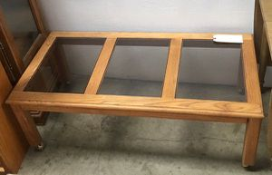 Oak Coffee Table with Glass Top for Sale in Chula Vista, CA