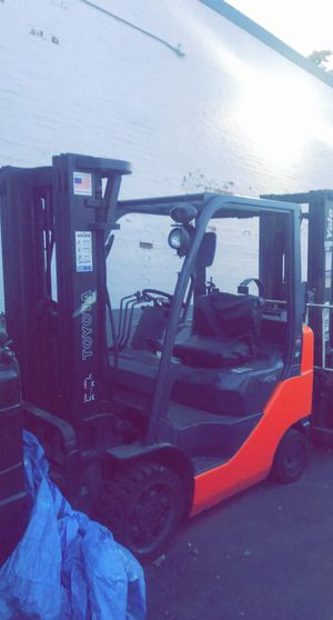 Toyota forklift for Sale in Chicago, IL