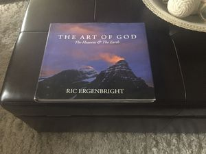 Coffee table book for Sale in Charlotte, NC