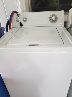 Whirlpool estate washer and dryer for Sale in West Palm Beach, FL