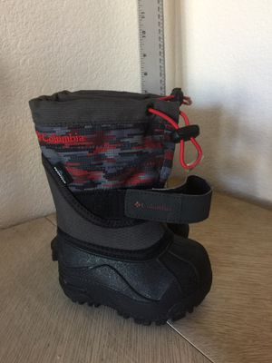 NEW TODDLER SIZE 4 Columbia winter boots for Sale in Fountain, CO