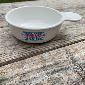 Vintage 1984 Super Bowl -Tampa Bay Florida Corningware Bowl for Sale in Austin, TX