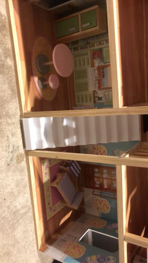Doll house for Sale in Coffeyville, KS