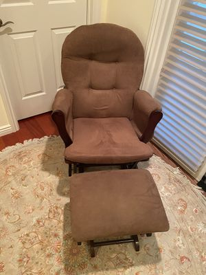 Brown Rocking Chair and Ottoman for Sale in Glendale, CA