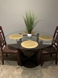 Dining Table With Two Chairs for Sale in Alexandria,  VA