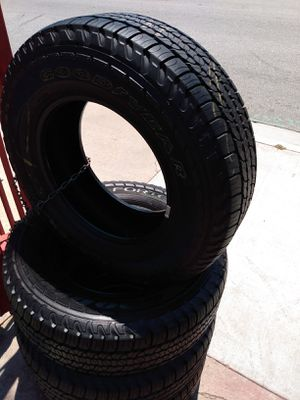 Set 235/70/16 Goodyear FORTERA 90% life for $320 Includes installation and balance for Sale in Montebello, CA