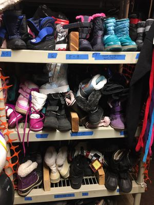 Kids snow boots for Sale in San Jose, CA