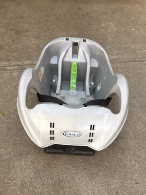 Graco car seat base for Sale in Los Angeles, CA