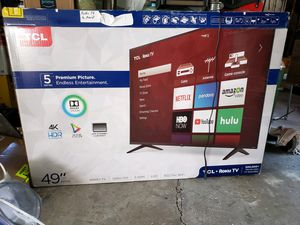 """49"""" Roku Smart LED TV with wall Mount for Sale in Kirkland, WA"""