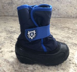 Kamik Kids' Snowbug snow boots size 6 for Sale in Roselle, IL