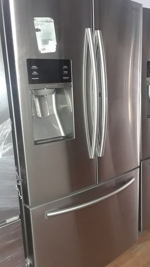 Samsung French Door Refrigerator for Sale in Chula Vista, CA