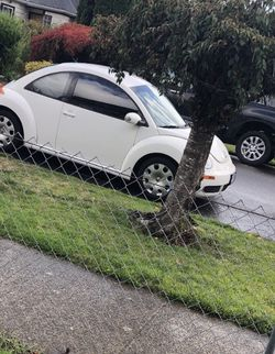 2010 VW New Beetle for Sale in McMinnville,  OR