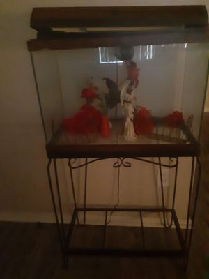 Nice fish tank got all it belonging for Sale in Oklahoma City, OK