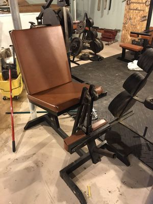 Weightlifting equipment 800 or best for Sale in Montrose, MI