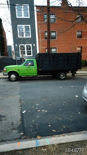 1993 Ford f-350 Dump truck for Sale in FAIRMOUNT HGT, MD