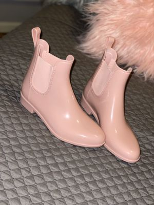 Light Pink Rain Boots for Sale in Prairieville, LA