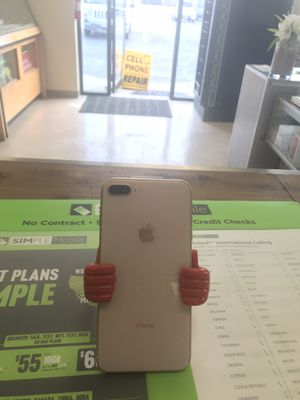 IPhone 8 Plus AT&T for Sale in Willoughby, OH