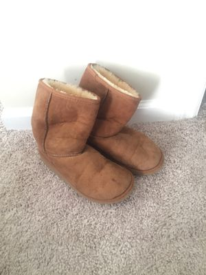 Ugg Boots Size 4 for Sale in Murfreesboro, TN