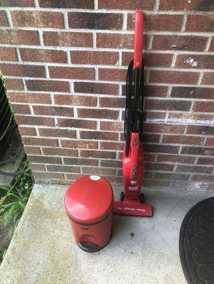 Mini garbage disposal and Carpet vacuum for Sale in Atlanta, GA