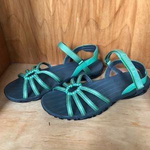 6.5* Teva Sandals for Sale in Spokane, WA