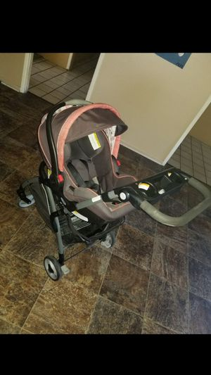 Infant car seat/stroller set for Sale in Arlington, TX