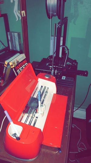 Cricuit Vinyl Cutter & 3D Creality printer for Sale in Hazleton, PA