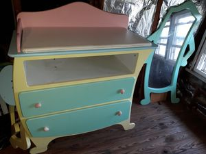 Changing table & mirror for Sale in Baltimore, MD