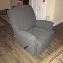 Recliner with Slipcover for Sale in Olympia,  WA