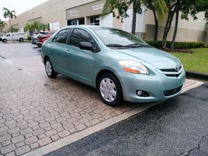 2008 Toyota Yaris for Sale in Miami, FL