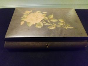 Vintage Sorrento music jewelry box for Sale in St. Louis, MO