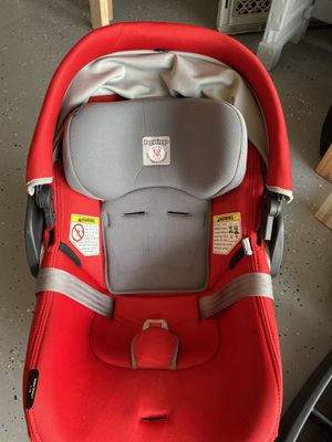 Peg Perego car seat for Sale in Buford, GA