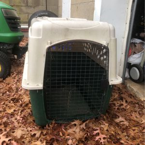 Ruffmax Plastic Kennel for Sale in Plaistow, NH
