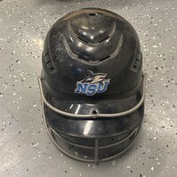 Rawlings Softball / Baseball Helmet Size 6.5 To 7.5 for Sale in Naval Air Station Point Mugu,  CA