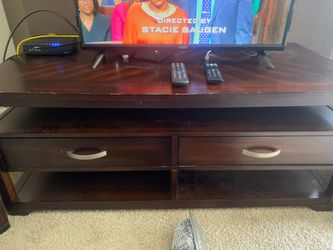 Coffee & 2 End Tables for Sale in Tampa,  FL
