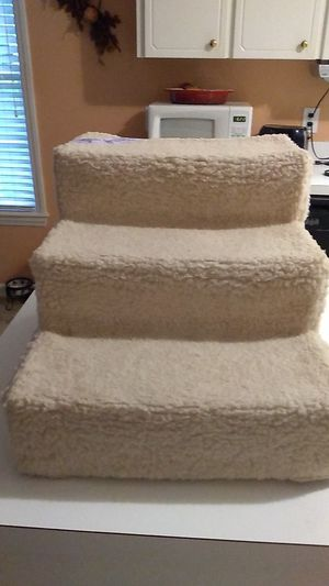 Doggy Steps 12in tall there ar a 3 steps for Sale in Clayton, NC