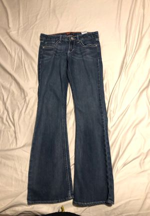 Gently used, Levi's, girls boot cut jeans, size 12 regular for Sale in Ocoee, FL