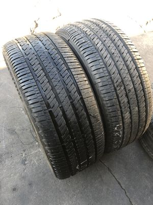 265/50R20 Bridgestone Tires (2 only $200) like new for Sale in Whittier, CA