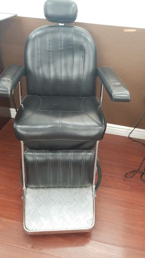 Barber chair for sale for Sale in La Puente, CA