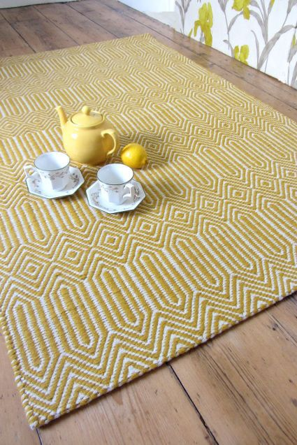 Mustard / White Hand Woven Rug - 8x10