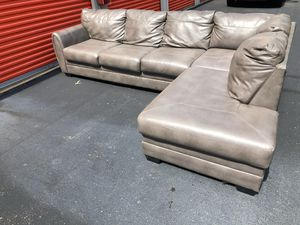 Gray Sectional Couch Sofa *FREE DELIVERY* for Sale in Toms River, NJ
