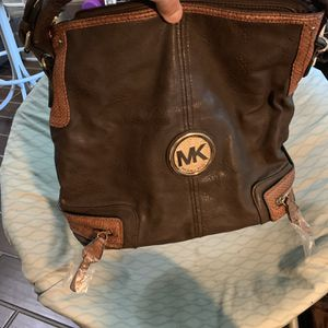 MICHAEL KORS PURSE for Sale in Chesapeake, VA