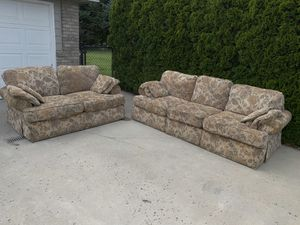 Oversized couches for Sale in East Wenatchee, WA