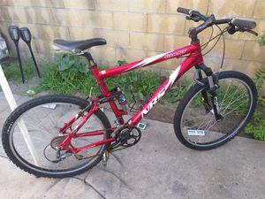 "Giant mountain bike frame 20"" tires 26"" for Sale in Lynwood, CA"