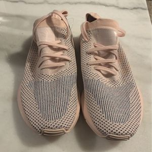 Adidas Swift Run X pink for Sale in Atlanta, GA